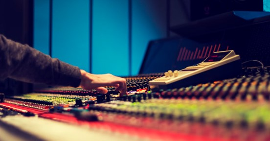 6 Tips for Mixing Great Sounding Pop Vocals